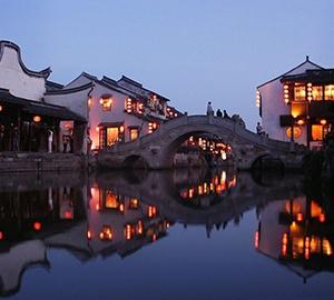 ประเทศจีนเมืองริมน้ำที่งดงามดังละคร