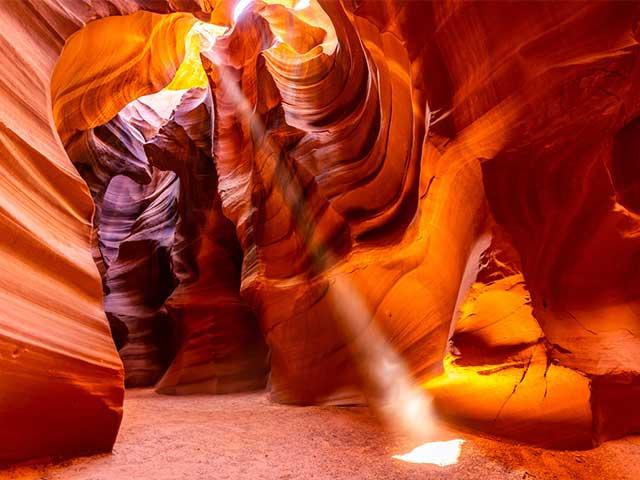 Antelope-canyon-