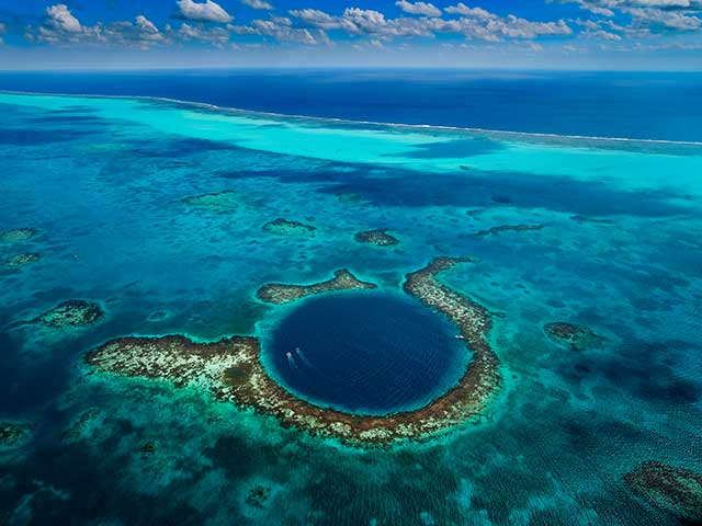 Great-Blue-Hole-image